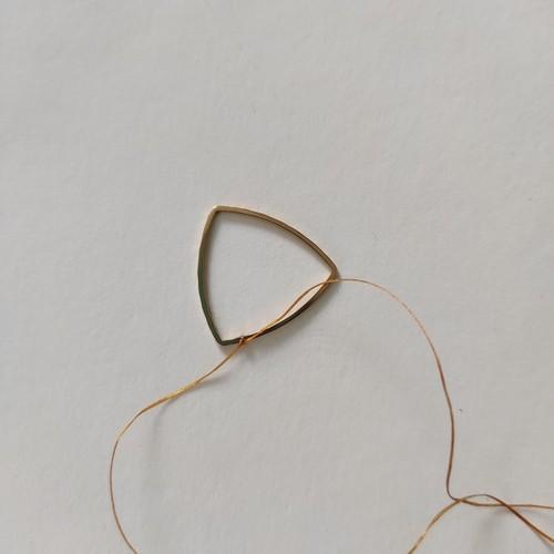 kolczyki na bazie ze stali chirurgicznej