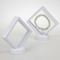 Ekspozytor z membraną ramka 3D biała z podstawką 9x9cm