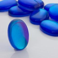 Kaboszon ze szkła kryształowego owal niebieski 35x25mm