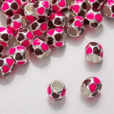 Różowy koralik z serduszkami 9mm