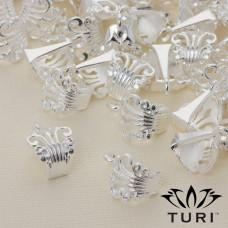 Krawatka ażurowa w kolorze srebrnym 16.5x12 mm