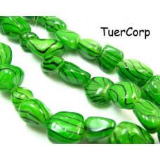 Masa perłowa bryłka lakierowana zielona 18mm