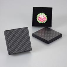Czarne pudełko w kwadraty 9x9cm