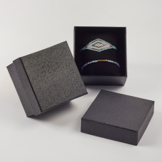 Pudełko do biżuterii ozdobne z poduszką czarne 8,5x8,5cm