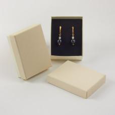 Pudełko do biżuterii ozdobne prostokątne kremowe 7x9cm