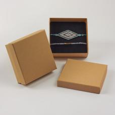Pudełko do biżuterii ozdobne kwadratowe jasno brązowe 9x9cm