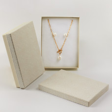 Pudełko do biżuterii ozdobne prostokątne kremowe 12x16cm