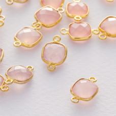 Różowy kryształ kwadrat fasetowany łącznik w okuciu pozłacanym ag925  15x10mm