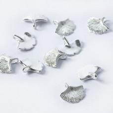 Srebrna zawieszka liść miłorzębu srebrny 11mm
