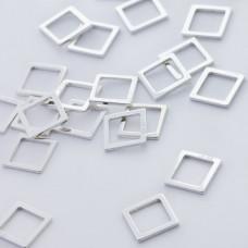 Srebrna zawieszka- łącznik kwadrat wycinany AG925 srebrny 9mm