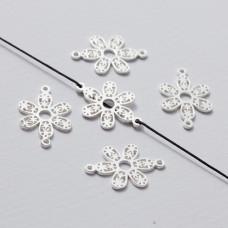 Rozgałęźnik kwiatek ażurowy srebrny 22 mm