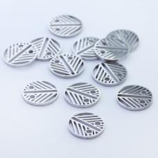 Mini zawieszka ze stali chirurgicznej celebrytka kółko wycinane 8.5mm srebrna