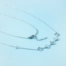 Naszyjnik z mini zawieszkami ze stali chirurgicznej krzyże srebrny 40cm