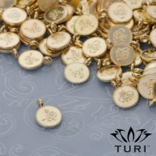 Zawieszka monetka z wzorkiem w złotym kolorze 7.5mm