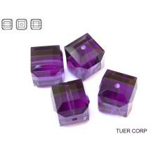 Swarovski kostka 6mm purple velvet