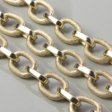 Łańcuch aluminiowy owal nacinany przekładany prostokątami złoty 28x20mm
