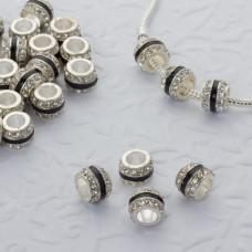 Koralik w srebrnym kolorze z kryształkami i czarnym paskiem 5mm