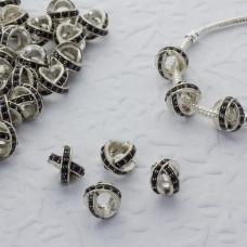 Koralik w srebrnym kolorze z kryształkami jet krzyż 5mm