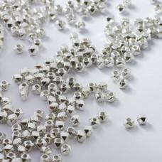 Koraliki metalowe kostki ścięte 3mm