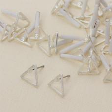 Kolczyki trójkąty wycięte 10 mm