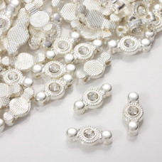 Przekładka z kryształkiem koloru srebrnego crystal 17mm
