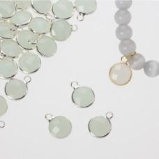 Zawieszka w okuciu w srebrnym kolorze z jednym oczkiem opal mint 10mm