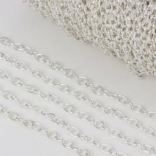 Łańcuszek w kolorze srebrnym 6x4.5mm
