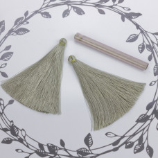 Chwost z wiskozy oliwkowy 10cm
