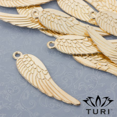 Zawieszka anielskie skrzydło w kolorze złotym 69x19.5mm