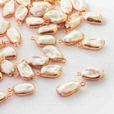 Zawieszka w okuciu z perły seashell 22-25mm